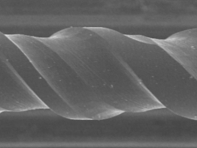 taCコーティング 電子顕微鏡 上部横側